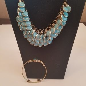 Jewelry necklace fish scale look with bracelet
